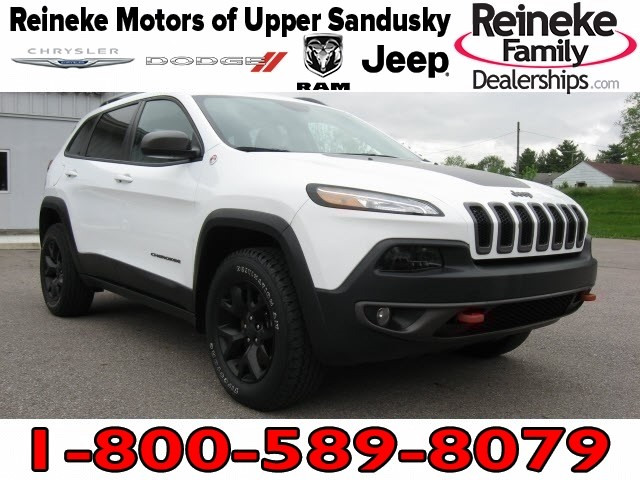 Pre-Owned 2016 Jeep Cherokee 4X4 Trailhawk w/ Navigation