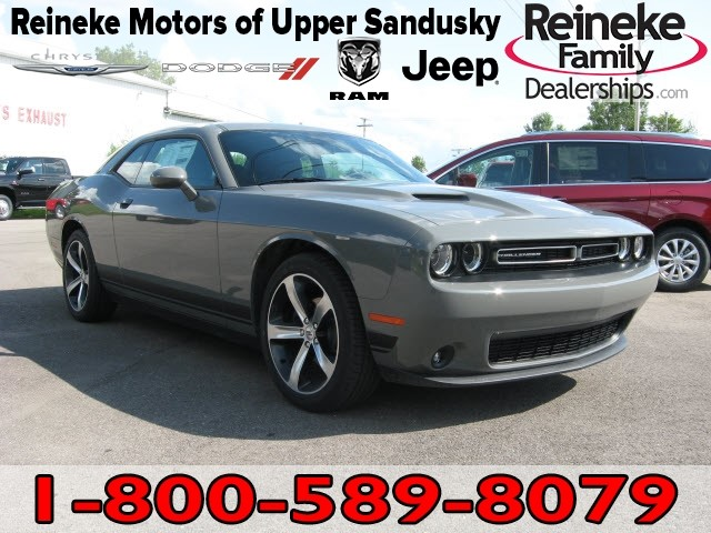 New 2019 DODGE Challenger SXT w/ Nav