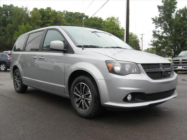 New 2019 DODGE Grand Caravan SXT w/ Blacktop Pkg