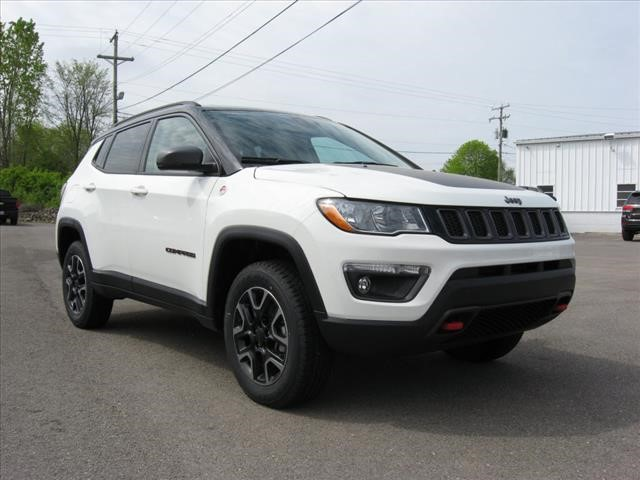 New 2019 JEEP Compass 4X4 Trailhawk