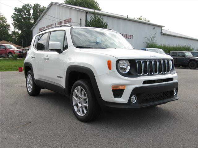 New 2019 JEEP Renegade 4X4 Latitude