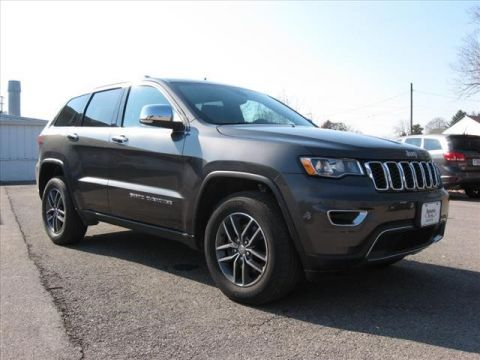 Pre-Owned 2017 Jeep Grand Cherokee 4X4 Limited w/ Navigation