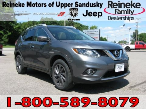 Pre-Owned 2016 Nissan Rogue AWD SL w/ Navigation